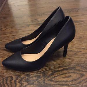 Merona Black Heels size 11